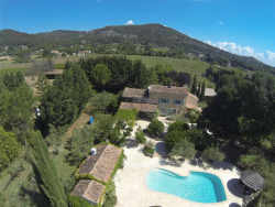 Le Val Property